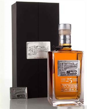 Hammerhead 1989 Pradlo Distillery 25 år Czech Vintage Single Malt Whisky